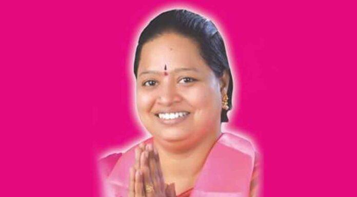 Chilka nagar Corporator Bannala Geetha
